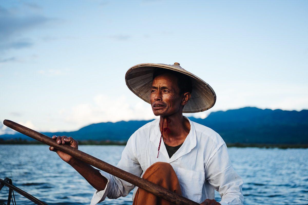 Ribič, jezero Inle, Mjanmar